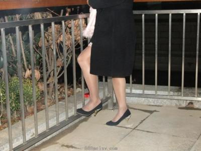 [户外街拍] 2013.09.02 送同事回家路上拍组肉丝黑高