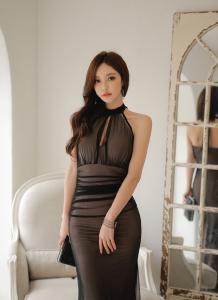韩国长腿大胸美女孙允珠 低胸性感礼服诱人私房照片